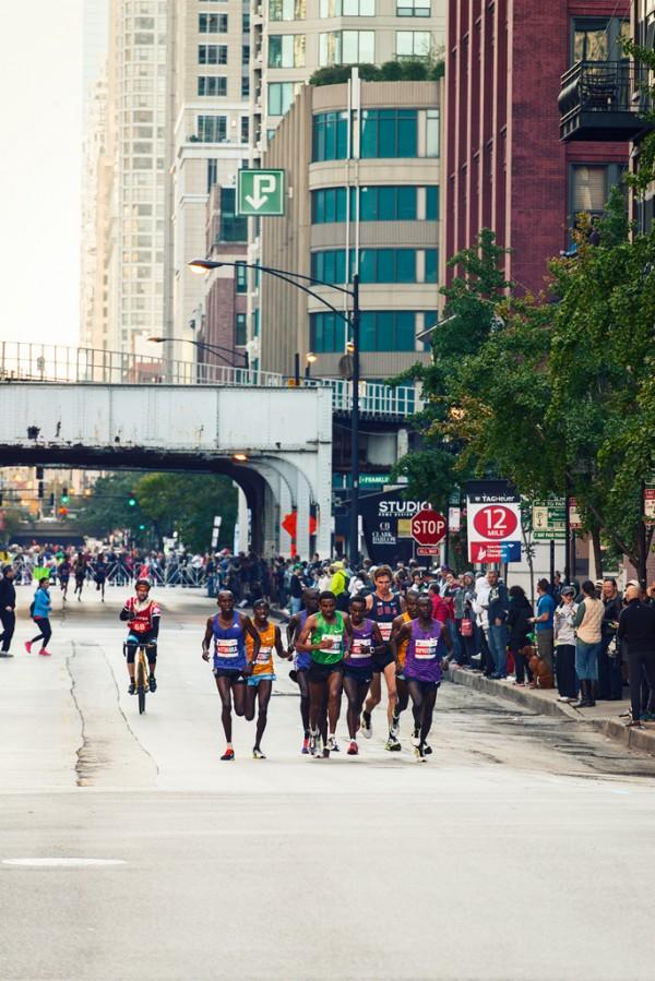 Marathon-Chicago-(2-van-7)